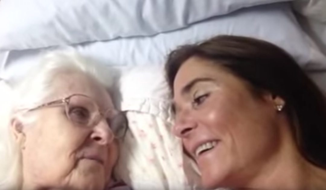 Elderly Mother With Alzheimers Recognizes Daughter, Says 'I Love You'
